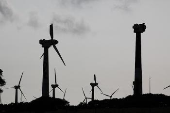 abandoned-wind-turbines-2